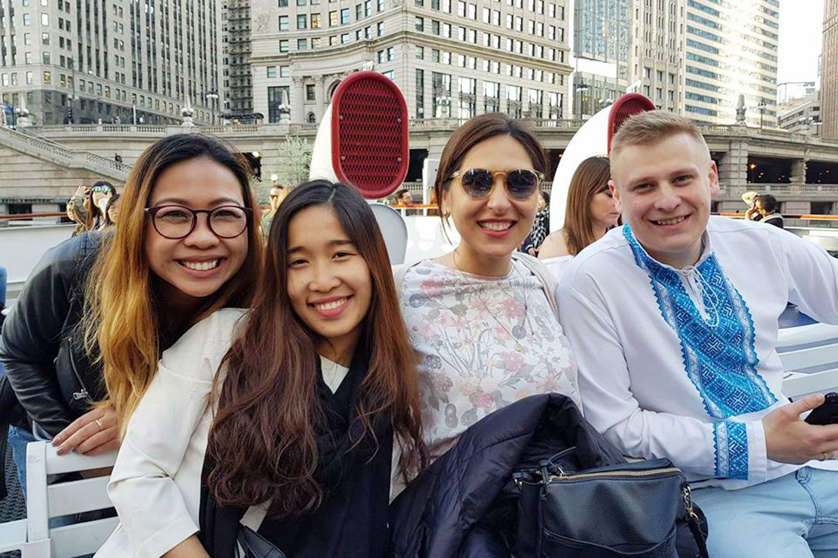 American Council Fellows on the Chicago Architecture Boar Tour May 2018